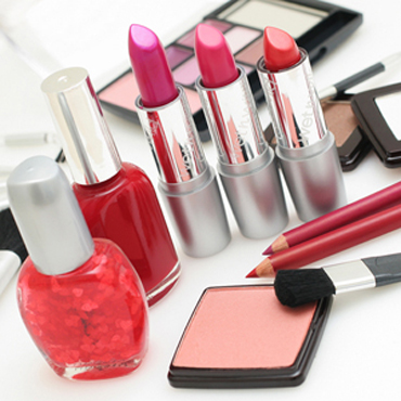 ۶ دلیل برای کنار گذاشتن آرایش